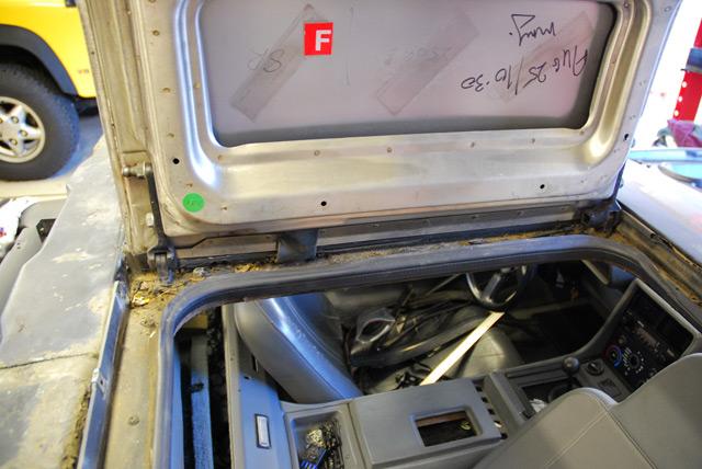 Delorean Door Amp Now It U0027s Time To Clean Up That Crap
