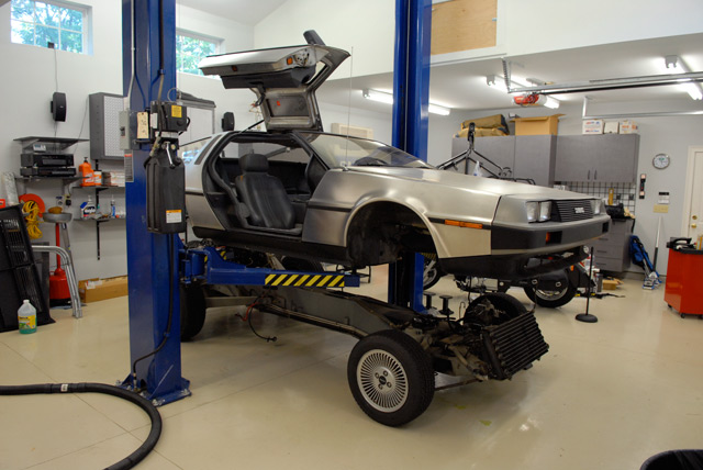 Delorean Restoration Taking The Body Off Of The Frame